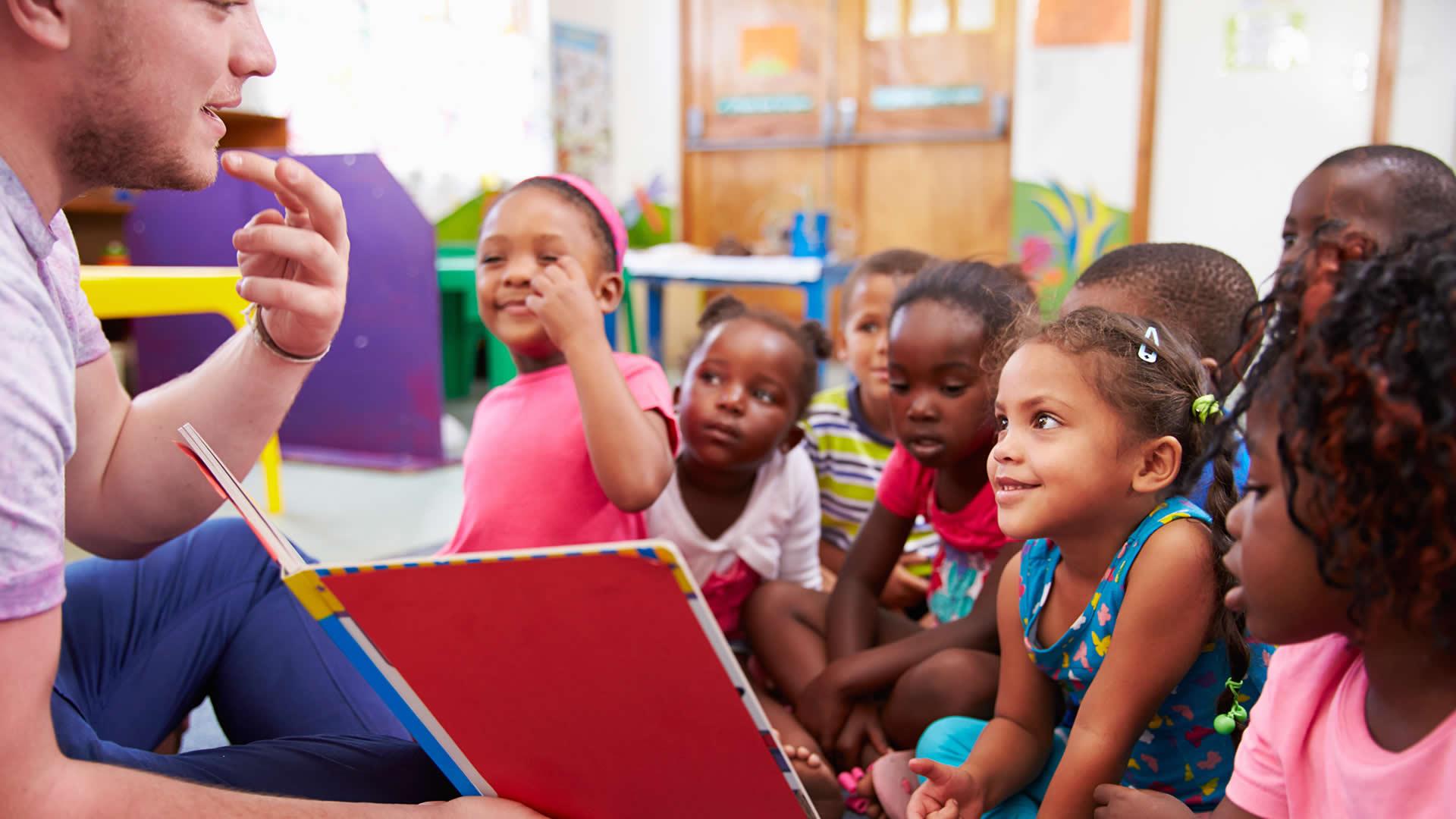 Kids In South Africa Volunteer