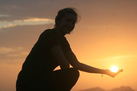 Cradling a Sri Lankan sun