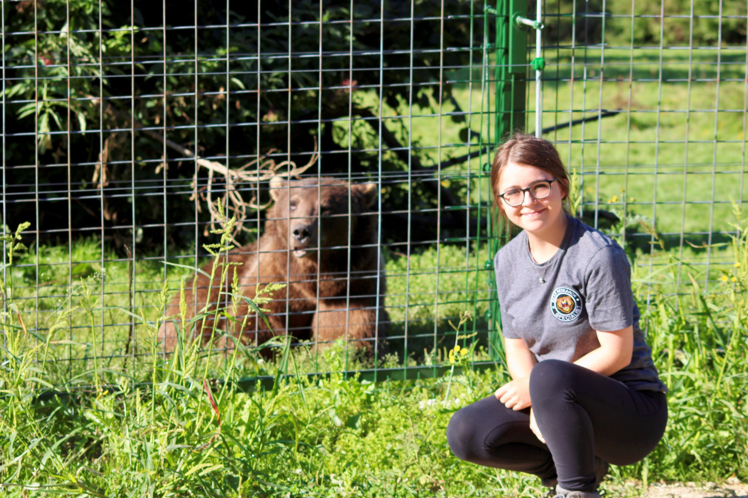 Volunteer Emily at the bear sanctuary in Romania