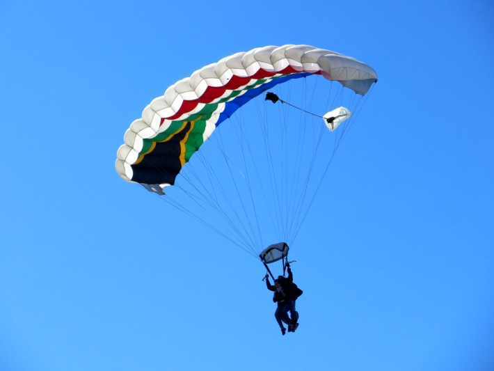 Volunteers enjoy paragliding in South Africa