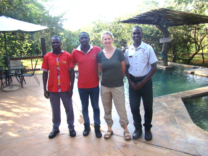 Volunteer with the lovely lodge staff at the rhino sanctuary