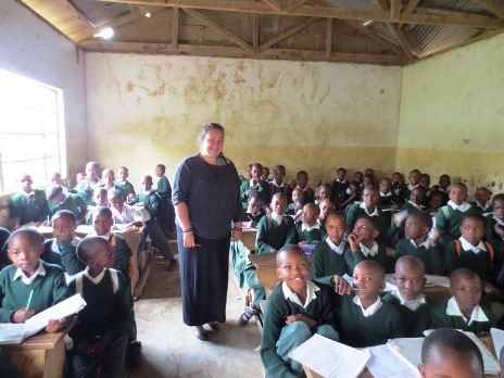 Teaching abroad as a volunteer in Tanzania with Oyster