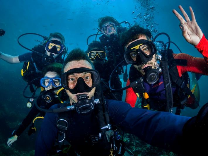 Volunteers get under the sea to help with marine conservation in Thailand