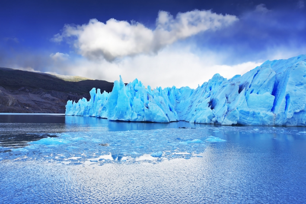 Chile icebergs shutterstock_165335423